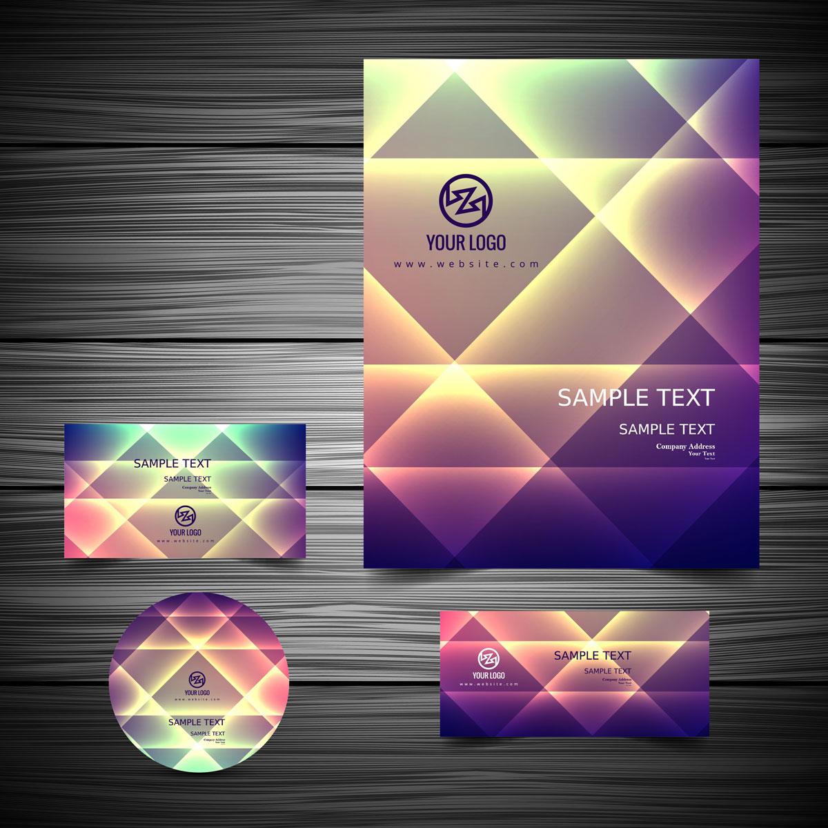 Mẫu card visit đẹp thể hiện trên những kích thước hình khối khác nhau